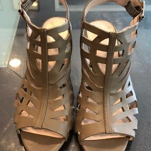 Vince Camuto cut out bootie/heel